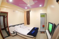 Double-Bed-AC-3